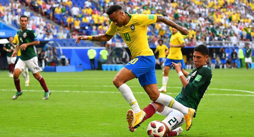 2018 Dünya Kupası, son 16, Brezilya-Meksika, Neymar-Alvarez