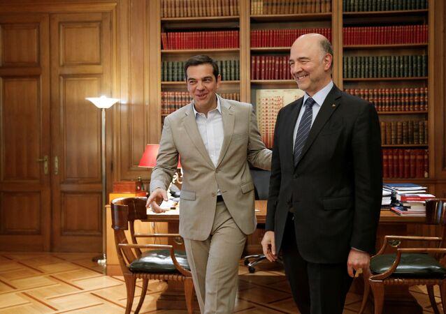 Moscovici, 3 Temmuz 2018'de 'müjdeler verdiği' Atina ziyaretinde Çipras ile de görüştü.