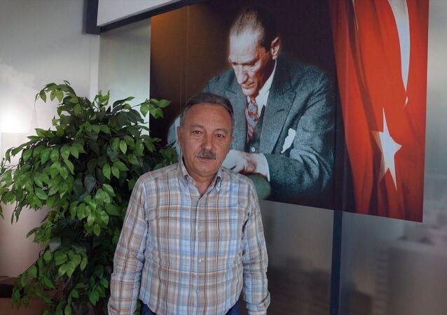 CHP İzmir Milletvekili Tacettin Bayır