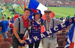Milli takımını desteklemek için otostopla Rusya'ya gelen David