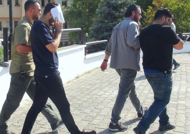 Muğla'da tutuklanan 2 İngiltere vatandaşı