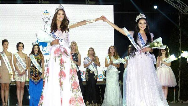 Kırgız model Ukrayan'da güzellik yarışını kazandı - Sputnik Türkiye