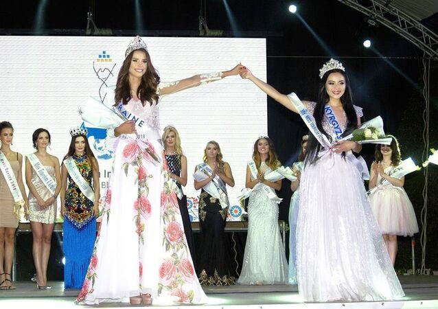 Kırgız model Ukrayan'da güzellik yarışını kazandı