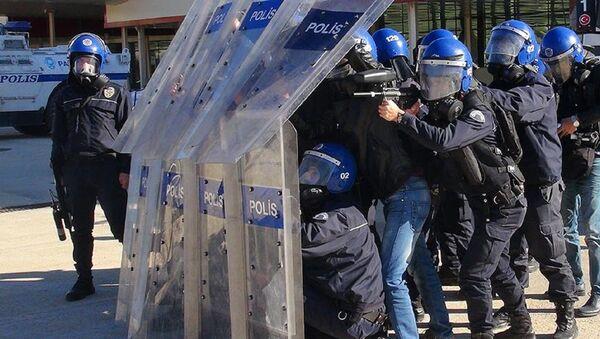 Polis, Türk polisi, Emniyet - Sputnik Türkiye