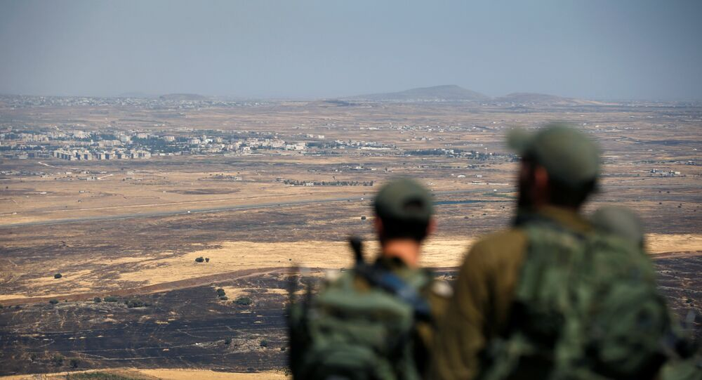 Golan Tepeleri'nde İsrail askerleri