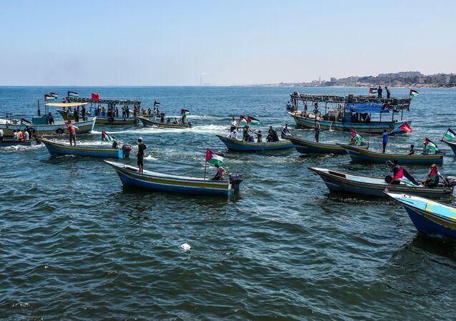 İsrail ablukasına karşı Gazze'den denize açılan 'Özgürlük Gemisi 2' ve ona eşlik eden tekneler