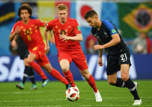 From left to right: Kevin de Bruyne (Belgium) and Lucas Hernandez (France) during the World Cup semifinal match between the national teams of France and Belgium.