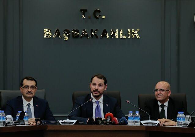 Hazine ve Maliye Bakanı Berat Albayrak, Mehmet Şimşek'ten görevi devraldı.
