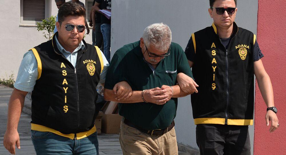 Adana'da hırsızlık yaparken yakalanan kişi: Çalmadan duramıyorum
