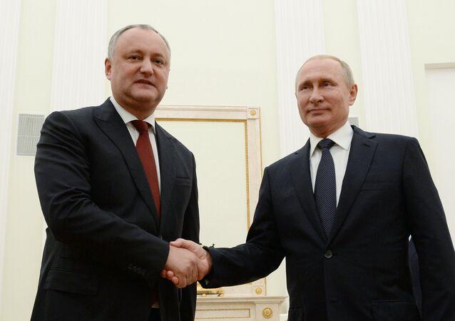 Rusya Devlet Başkanı Vladimir Putin-Moldova Devlet Başkanı İgor Dodon