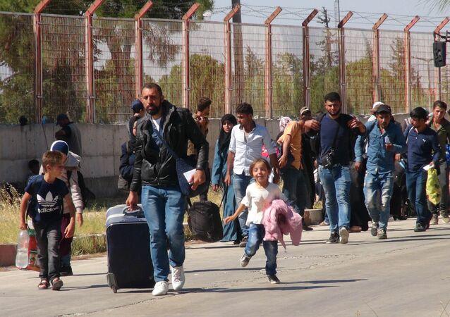 Bayram ziyaretine giden 40 bini aşkın Suriyeli döndü