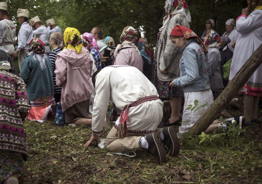 Avrupa'nın son paganları olan Mari halkı