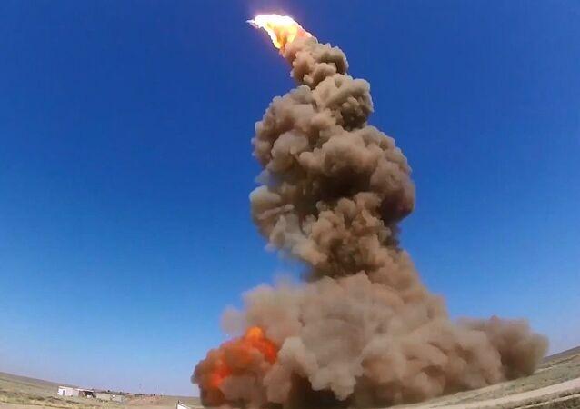 Rusya'da yeni füze savunma sistemi füzesi test edildi