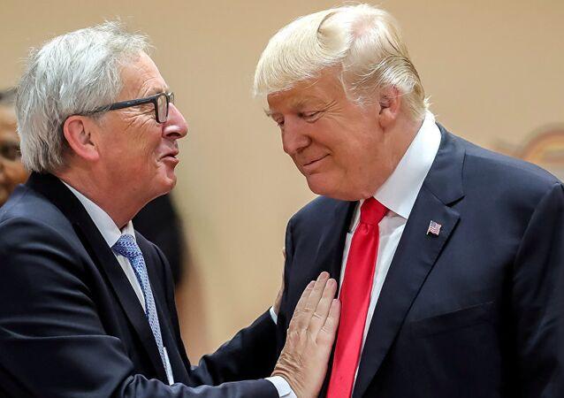 Juncker ile Trump