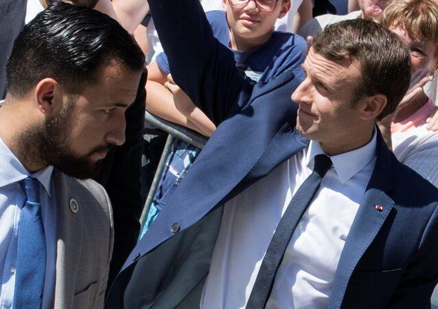 Emmanuel Macron ile eski başkoruması Alexandre Benalla