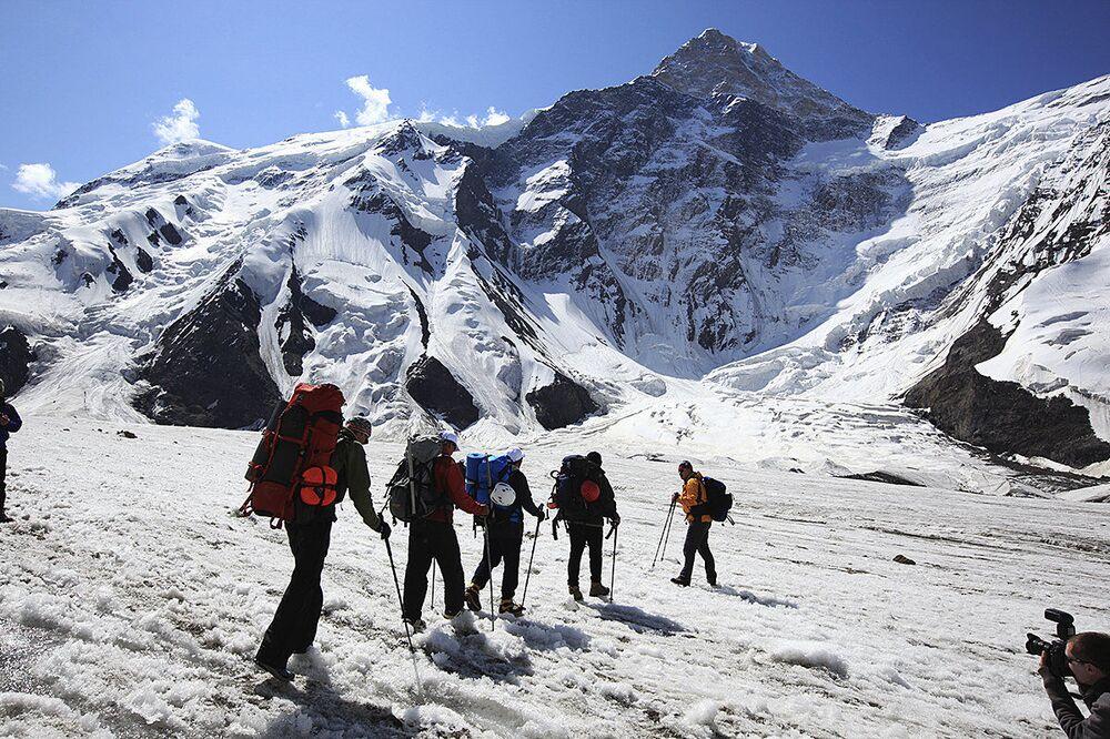 Han Tengri Dağı