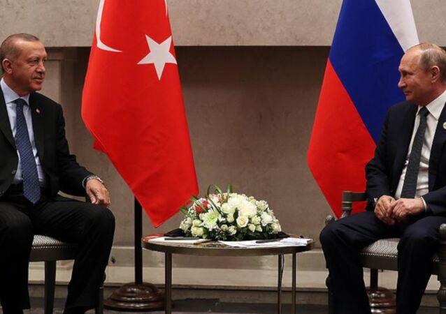 Erdoğan'ın, Putin ile BRICS zirvesindeki görüşmesi başladı: Aramızdaki dayanışma birilerini kıskandırıyor