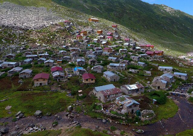 Rize'nin Çamlıhemşin ilçesi Topluca köyü