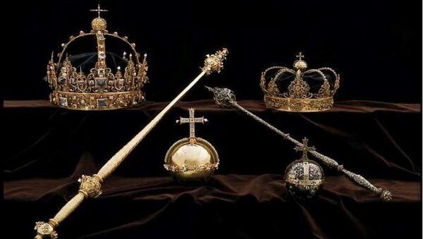 İsveç kral ve kraliçesinin tacı çalındı - Sputnik Türkiye