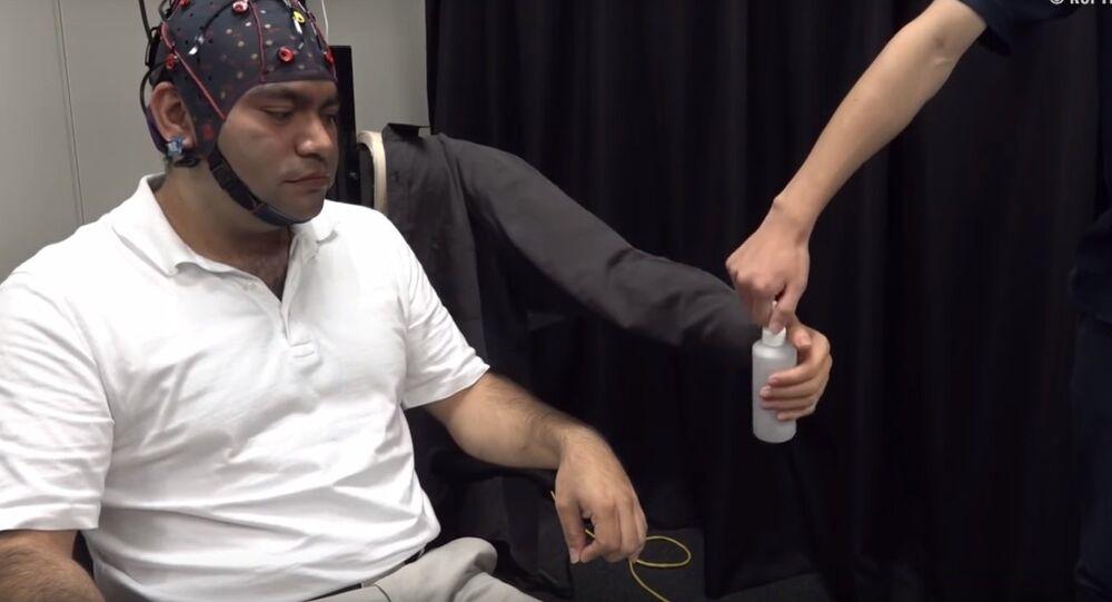 Japon bilim insanlarından zihin kontrolü ile çalışan 3. kol