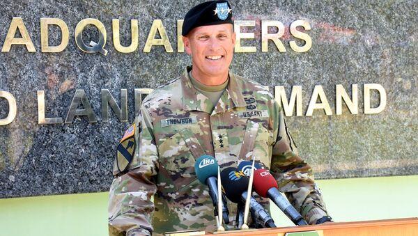 NATO komutanı John C. Thomson - Sputnik Türkiye