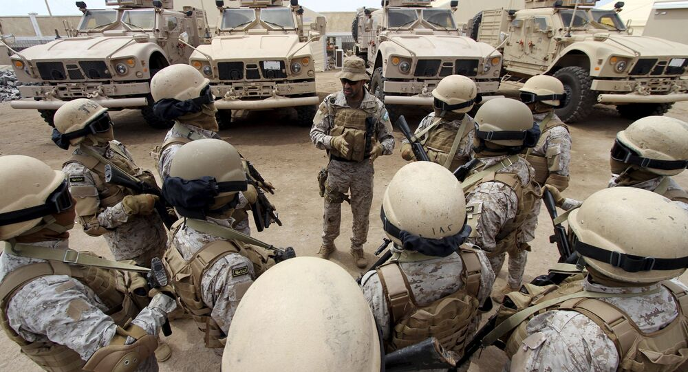 Senior army commander Abdullah al-Sahian (C), who commands the Saudi forces in Yemen's southern port city of Aden, talks to his soldiers in their base in Aden, in this September 28, 2015 file photo