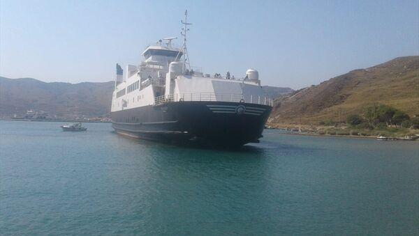 Gökçeada'da feribot karaya oturdu - Sputnik Türkiye