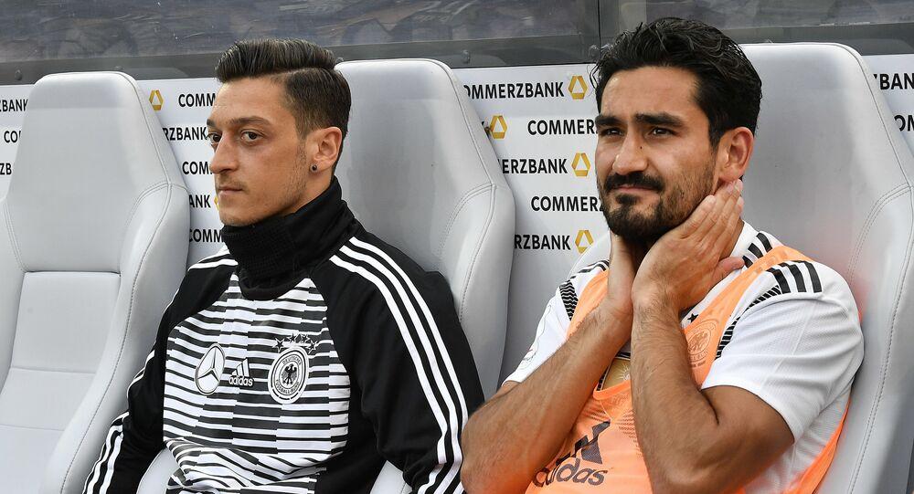 Mesut Özil ve İlkay Gündoğan