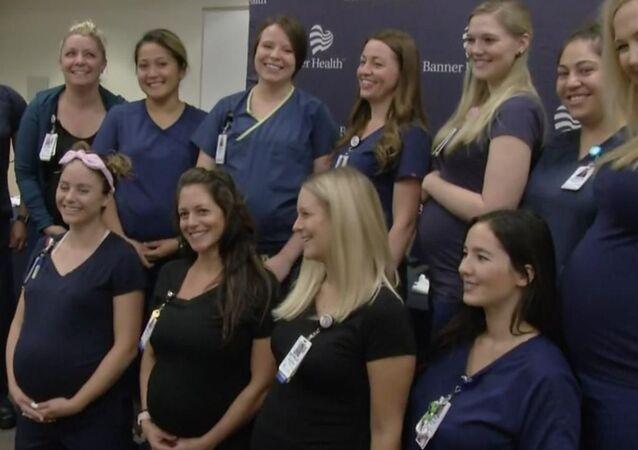 Aynı hastanede 16 hemşire birden hamile: Noel tatiline denk getirdik