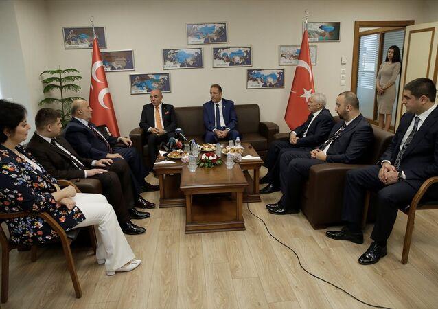 AK Parti, MHP ziyaret