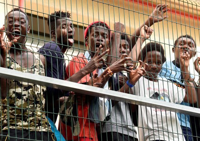 Ceuta- Afrikalı göçmen