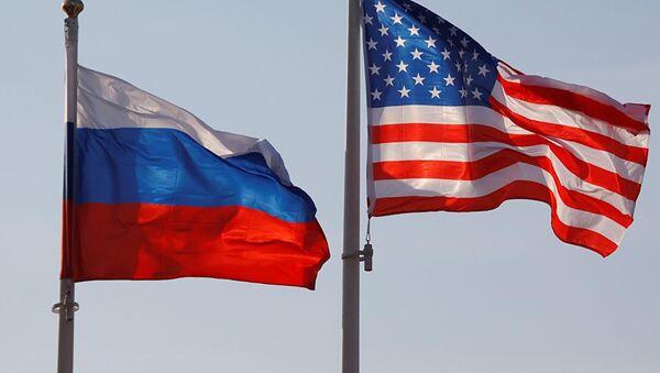 ABD-Rusya bayrakları - Sputnik Türkiye
