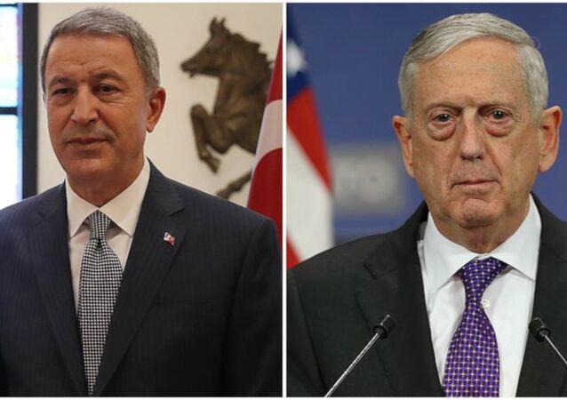 Akar, ABD Savunma Bakanı Mattis ile telefonda görüştü