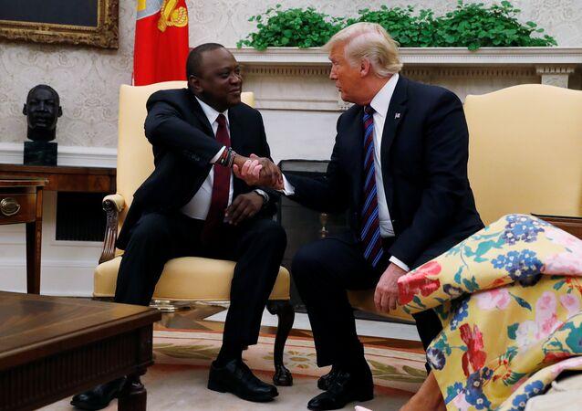 ABD Başkanı Donald Trump ile Kenya Devlet Başkanı Uhuru Kenyatta