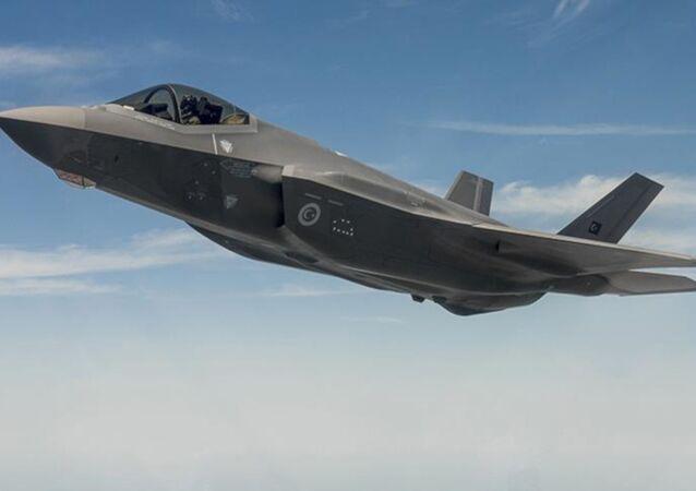 TSK: Türk savaş pilotu F-35 ile ABD'deki ilk uçuşunu gerçekleştirdi