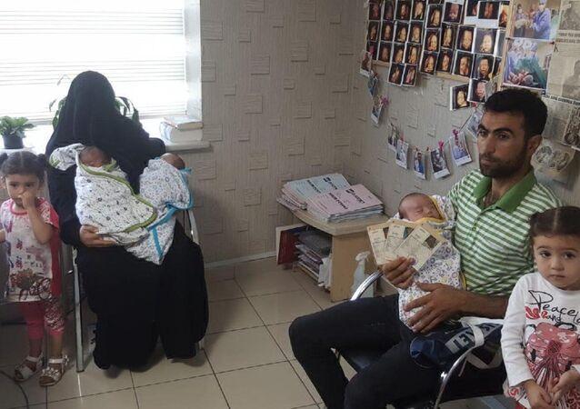 Suriyeli çift üçüz bebeklerine Recep, Tayyip, Erdoğan isimlerini verdi