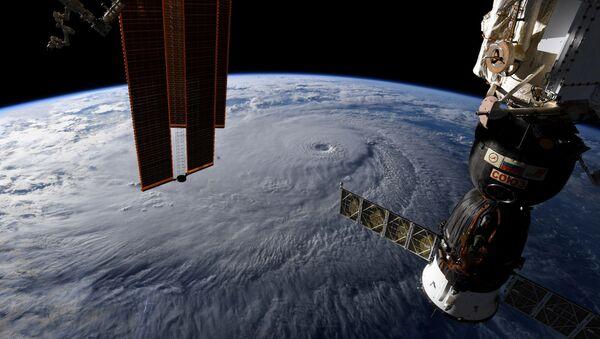 Uluslararası Uzay İstasyonu'ndan Dünya manzarası - Sputnik Türkiye