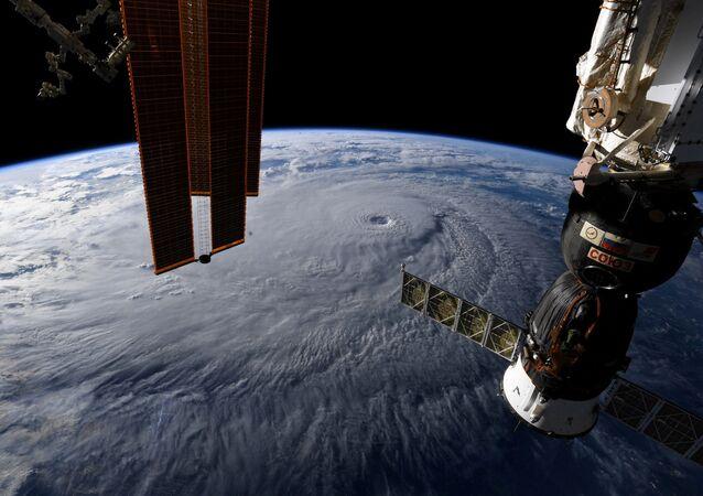 Uluslararası Uzay İstasyonu'ndan Dünya manzarası