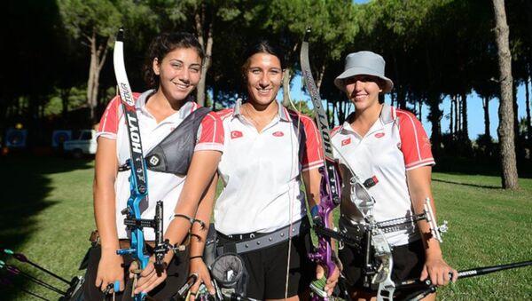 Türkiye Klasik Yay Kadın Milli Takımı, Avrupa şampiyonu - Sputnik Türkiye