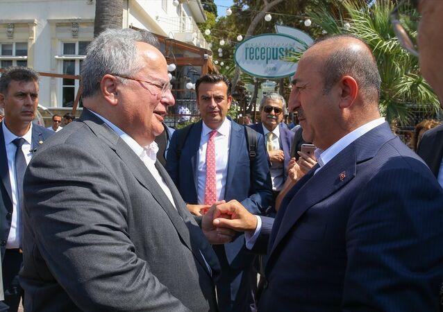 Mevlüt Çavuşoğlu ile Yunan mevkidaşı Nikos Kocyas