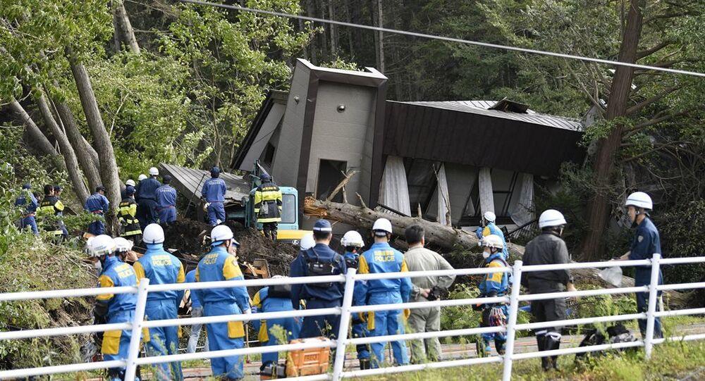 Japonya'nın kuzeyindeki Hokkaido'da 6,7 büyüklüğünde deprem