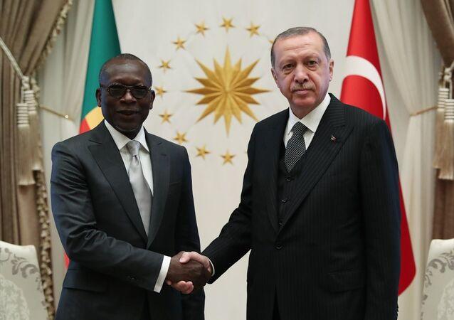 Erdoğan, Benin Cumhurbaşkanı Talon ile bir araya geldi