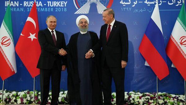 Ruhani-Erdoğan-Putin - Sputnik Türkiye