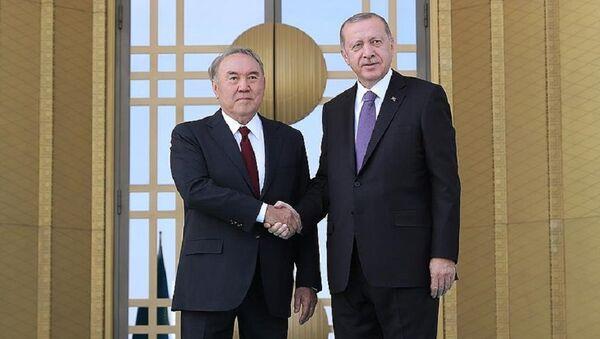 Cumhurbaşkanı Erdoğan, Kazakistan Devlet Başkanı Nazarbayev'i resmi törenle karşıladı - Sputnik Türkiye