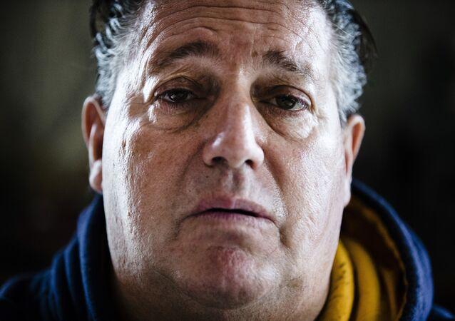 Trende tıraş olduğu için eleştirilen adam: Hayatım berbat durumda