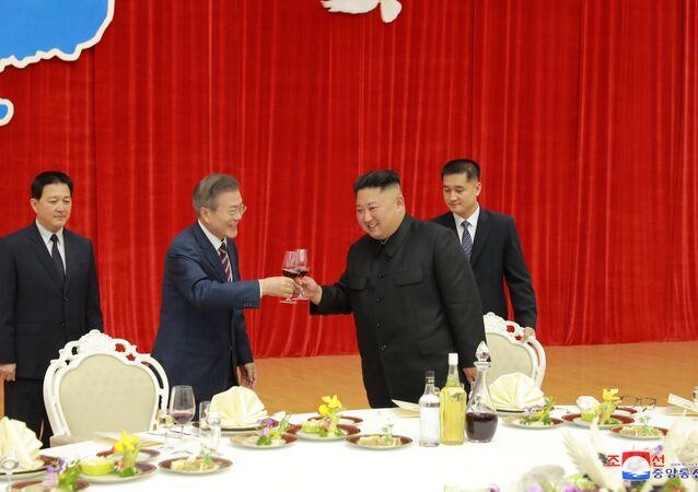 Kuzey ve Güney Kore liderinden 'barış çabalarını sürdürme' sözü
