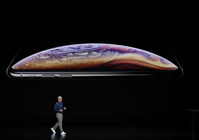 Apple CEO'su Tim Cook, iPhone XS ve XS Max tanıtımında
