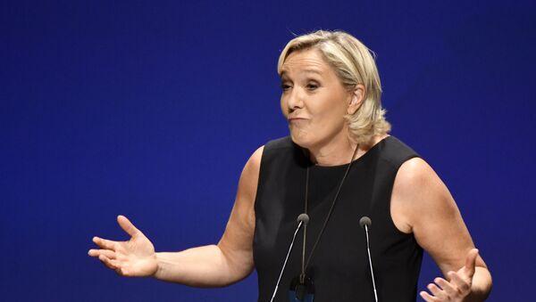 Aşırı sağcı Ulusal Birlik Partisi (RN) lideri Marine Le Pen - Sputnik Türkiye