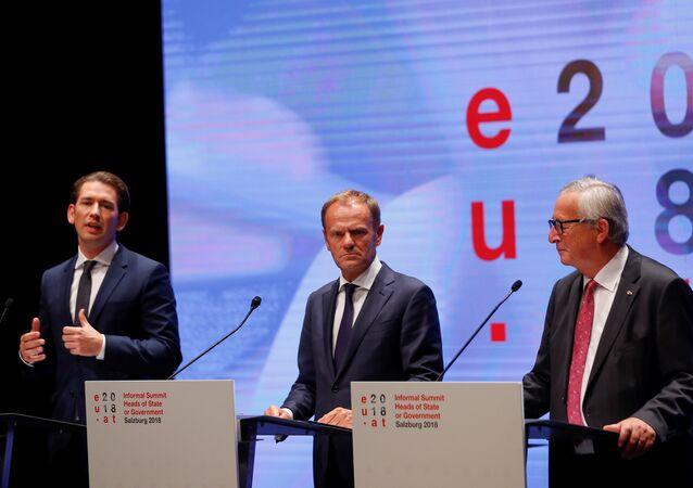 Avrupa Birliği (AB) Konseyi Başkanı Donald Tusk, Avrupa Komisyonu Başkanı Jean-Claude Juncker ve Avusturya Başbakanı Sebastian Kurz