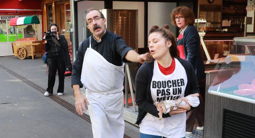 Paris'te vegan protestosu
